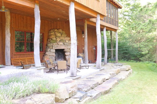 Algonac Outdoor Fireplace